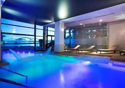 Radisson Blu 1835 Hotel, Cannes - Cannes - Pool