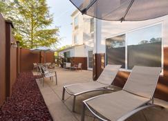 Springhill Suites Marriott Little Rock West - Little Rock - Binnenhof