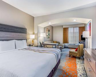 La Quinta Inn & Suites by Wyndham Andrews - Andrews - Bedroom