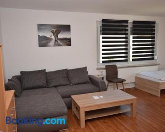 Ab Apartment 107 - In Fellbach - Fellbach - Huiskamer