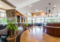 Comfort Suites Bentonville - Bentonville - Lobby