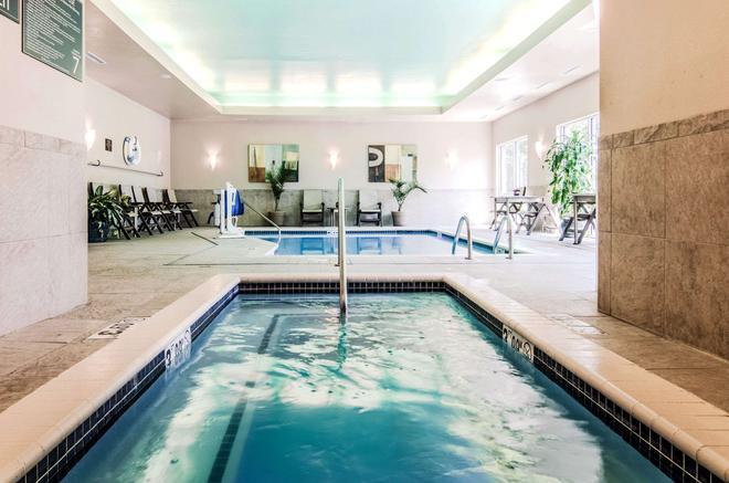 Comfort Suites Bentonville - Bentonville - Pool