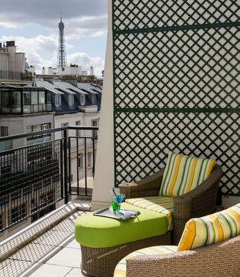 Majestic Hotel Spa - Champs Elysées - Paris - Balcony