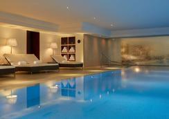 Majestic Hotel Spa - Champs Elysées - Paris - Pool