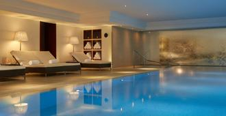Majestic Hotel - Spa Champs Elysées - París - Piscina