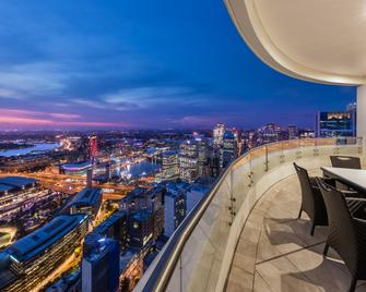 Meriton Suites Kent Street - Sydney - Balcony