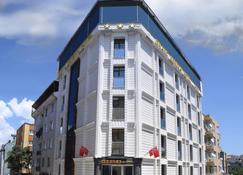 Grand Serenay Hotel - Bandirma - Edificio