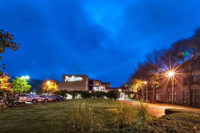 Radisson Hotel Corning - Corning - Bâtiment