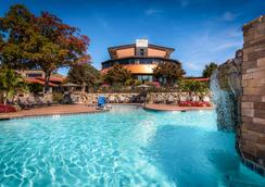 Lodge Of Four Seasons Golf Resort, Marina & Spa - Lake Ozark - Pool