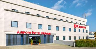 Ramada by Wyndham Airport Prague - Prag