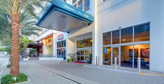 Hampton Inn & Suites Miami/Brickell-Downtown, FL - Miami - Edificio