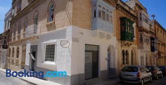 Hostel 94 - Sliema - Edificio