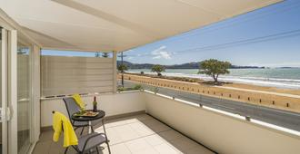 Oceanside Motel - Whitianga - Balcony