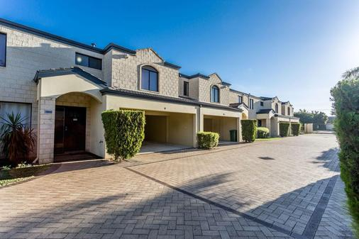 Country Comfort Perth - Belmont - Rakennus