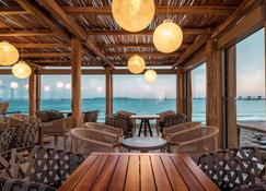 Mitsis Rinela Beach Resort & Spa - Gouves - Bar