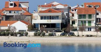 Hotel Niko - Zadar - Edificio