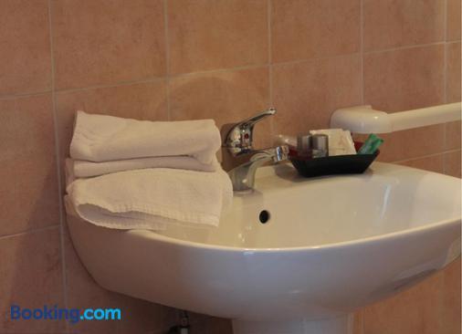 Residence Sol Levante - Frascati - Bathroom