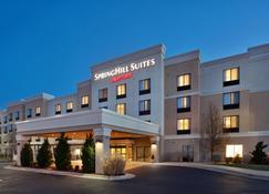SpringHill Suites by Marriott Wichita East at Plazzio - Wichita - Gebäude