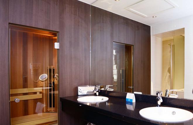 阿姆拉斯皇宮大酒店 - 馬斯垂克 - 馬斯特里赫特 - 浴室