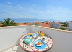 Rooms Sunce Supetar - Island Brac - Supetar - Bedroom