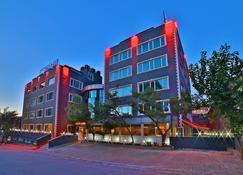 Sanli Suite Hotel - Istanbul - Building
