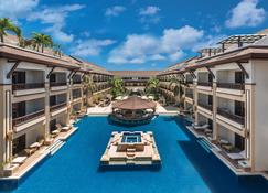 Henann Regency Resort & Spa - Boracay - Piscina