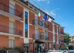 Vip Hotel - Piacenza - Rakennus
