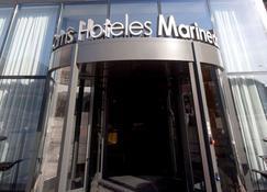 Hotel Carris Marineda - La Coruña - Building