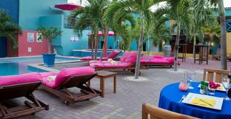The Ritz Village Hotel - Adults Only - Willemstad