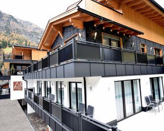 A Casa Rubin Chalet & Studio Resort - Sölden - Building
