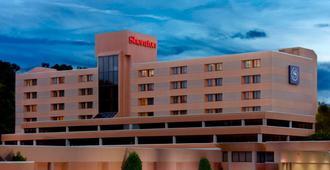 Sheraton Charlotte Airport Hotel - שרלוט