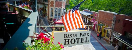 Basin Park Hotel and Spa - Eureka Springs - Rakennus