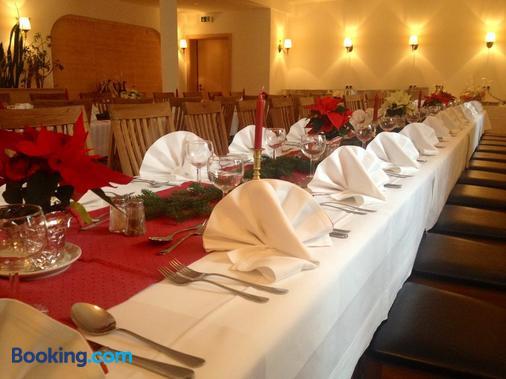 Hotel Echinger Hof - Buch am Erlbach - Banquet hall