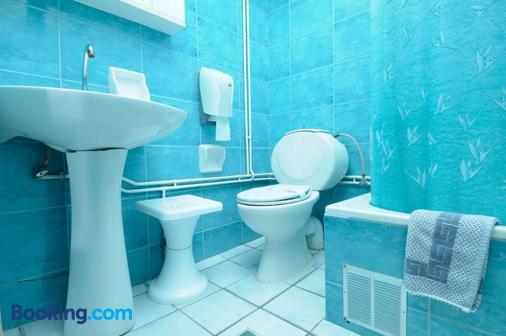 Konstantinoupolis Hotel - Corfu - Bathroom
