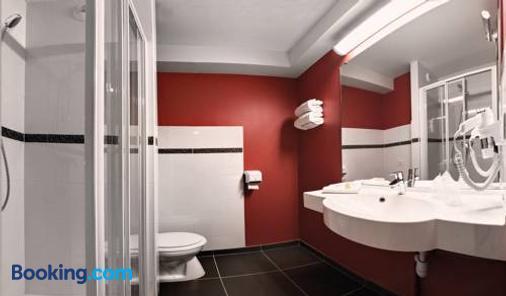 ACE Hotel Poitiers - Poitiers - Bathroom