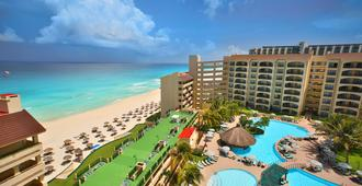 The Royal Islander - An All Suites Resort - Cancún - Building