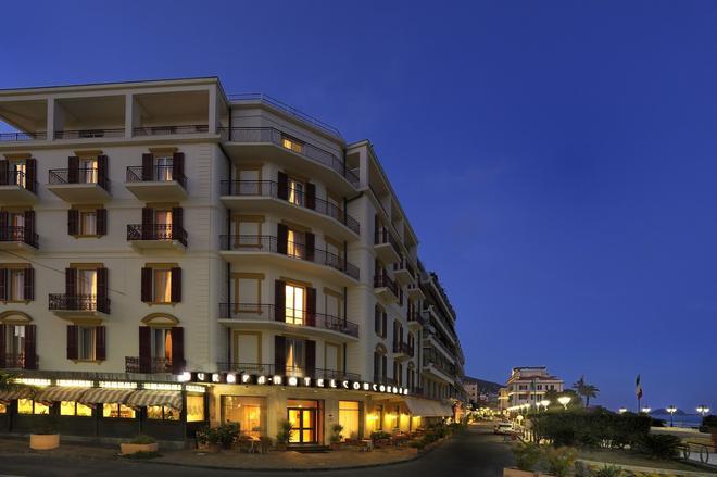 Hotel Europa & Concordia - Alassio - Building