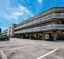 Motel 6 Norfolk-Oceanview