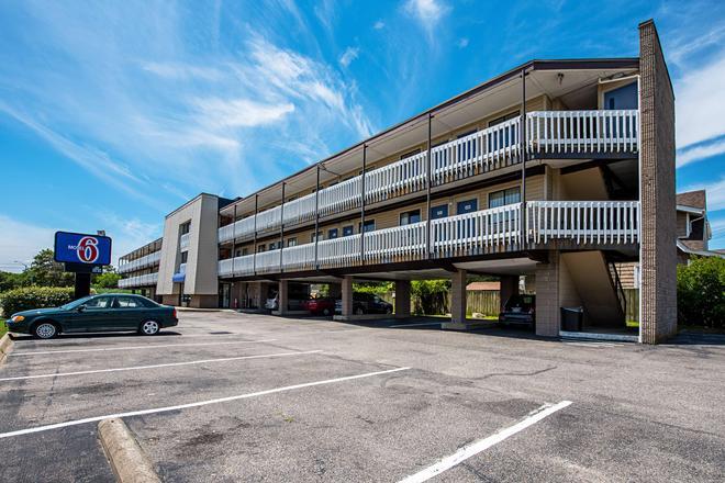 Motel 6 Norfolk-Oceanview - Norfolk - Gebäude