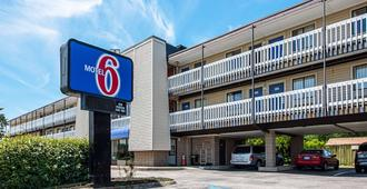 Motel 6 Norfolk-Oceanview - Norfolk - Edificio