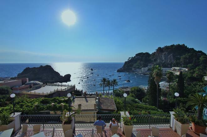 Hotel Baia Azzurra - Taormina - Näkymät ulkona