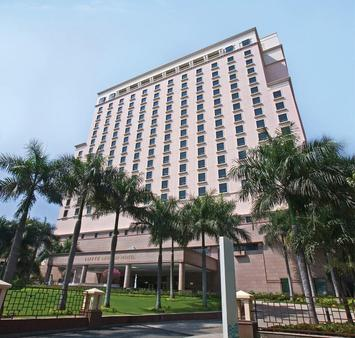 Lotte Legend Hotel Saigon - Ho Chi Minh City - Building