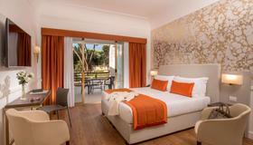 Hotel Shangri-La Roma - Roma - Camera da letto