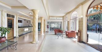 Hotel Kalisma - ג'קרטה - לובי