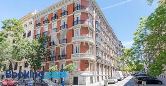 A&z Juan De Mena - Madrid - Edificio