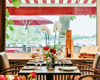Rhein-Hotel Nierstein - Nierstein - Dining room