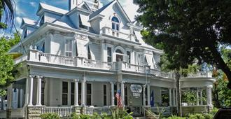 Amsterdam's Curry Mansion Inn - Key West - Building