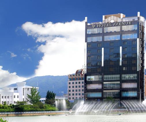 Hotel Avenue - Changwon - Building