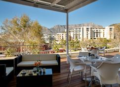 Protea Hotel by Marriott Cape Town Waterfront Breakwater Lodge - Cape Town - Balcony