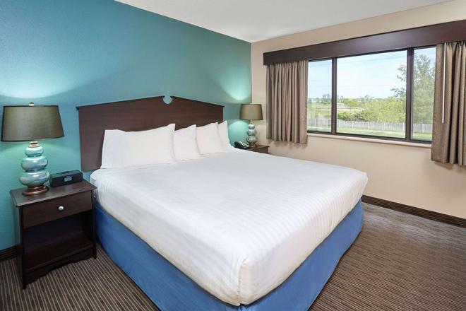 綠灣東美國酒店 - 綠灣 - 綠灣 - 臥室